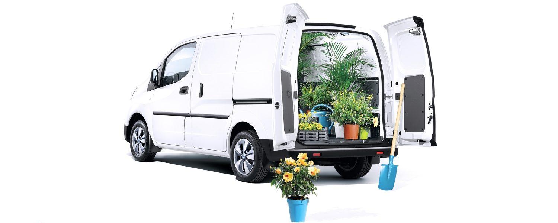 Nissan, vállalkozás, kertészet,fehér, furgon