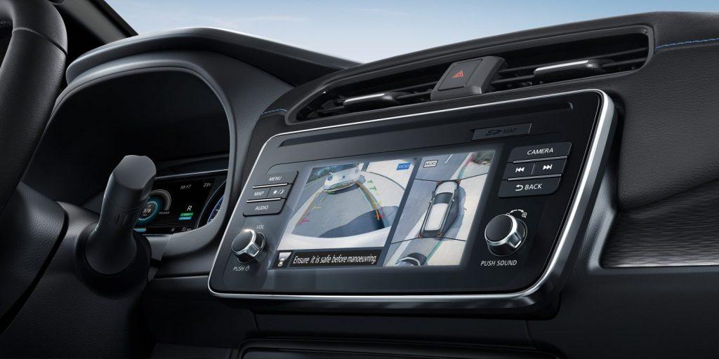 Nissan leaf tolató radar