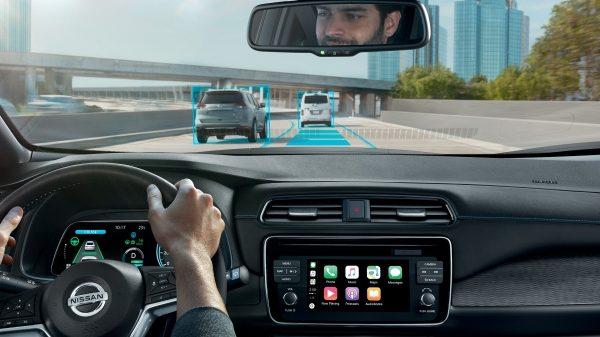 Nissan leaf okos rendszer követési táv biztonság