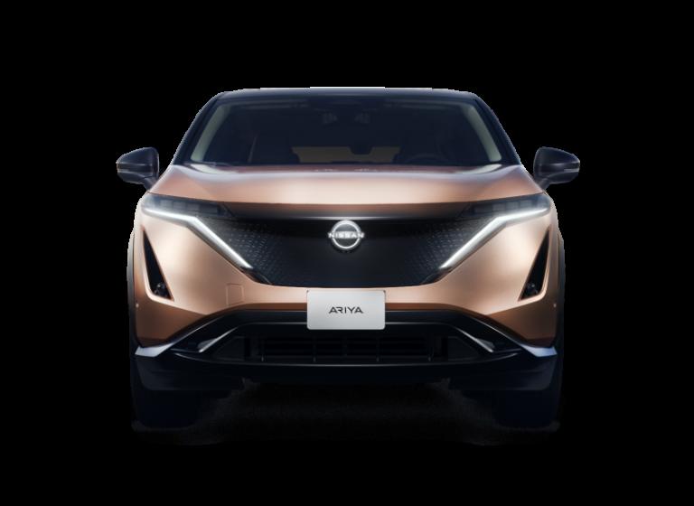 Nissan, letisztult, szembőli nézet,
