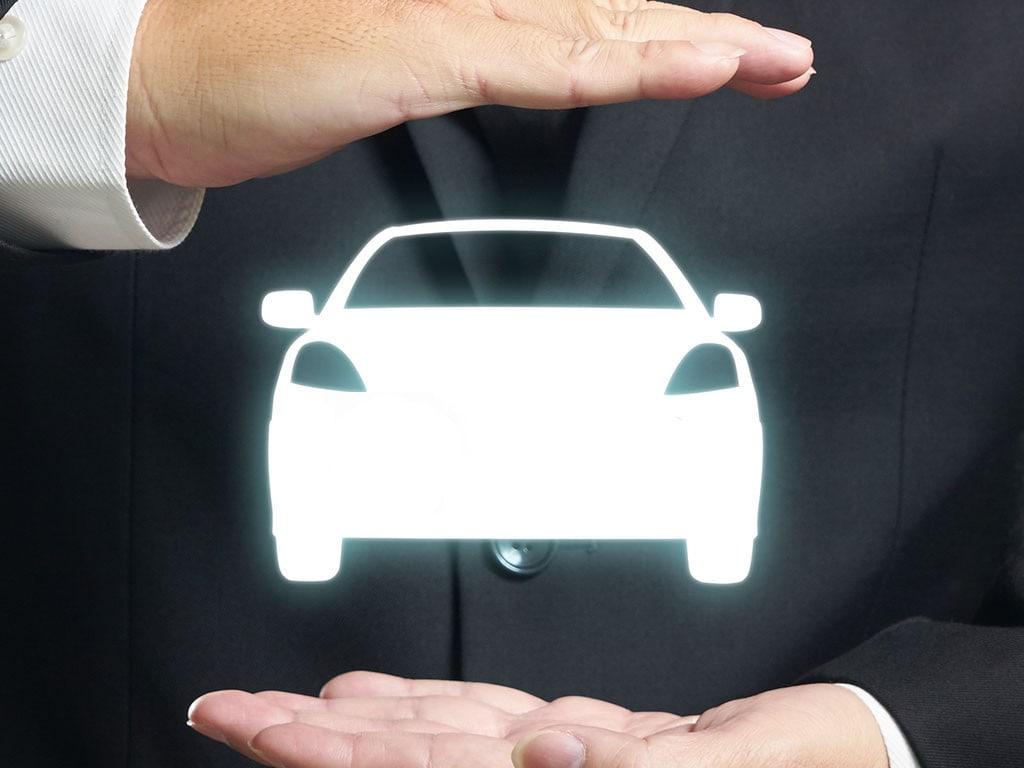 nissan autó jármű kereskedés,