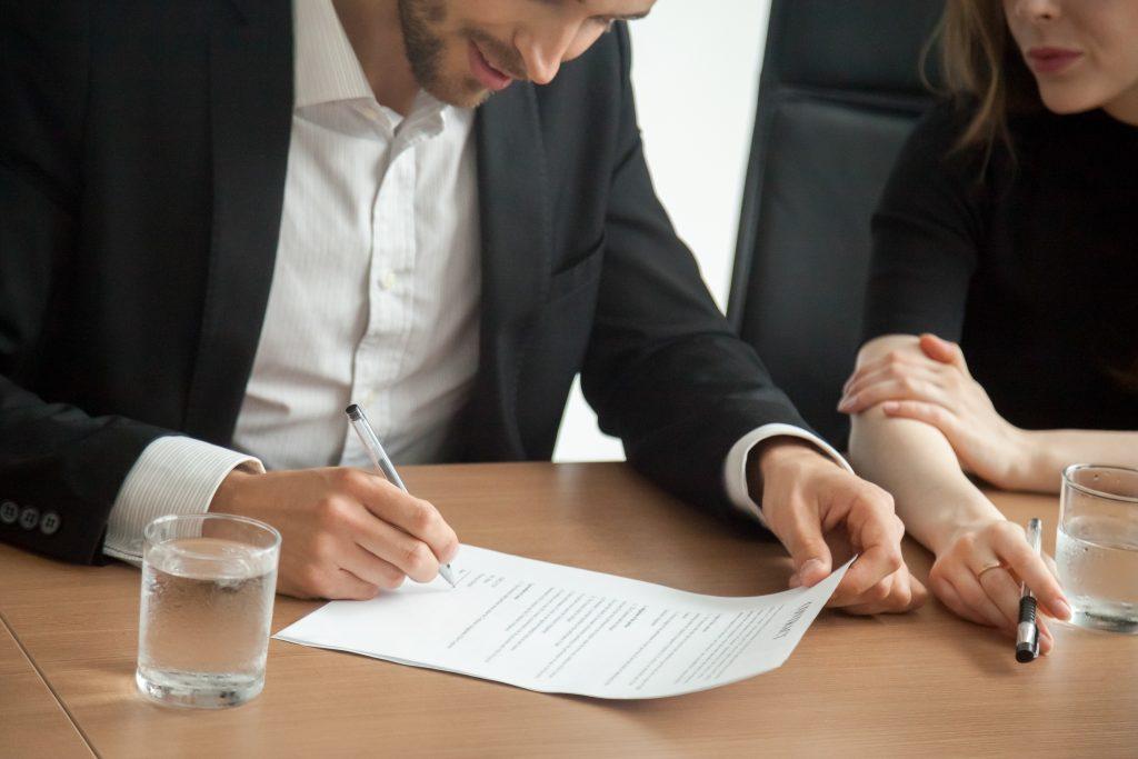 aláírás víz ügyfél szerződés
