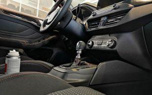 Nissan, belső tér, fekete, sebváltó, kormánykerék